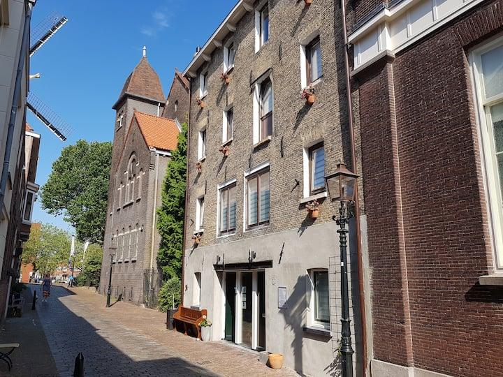 Appartement begane grond in historisch Schiedam