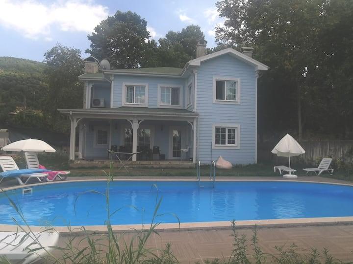 Tatilin adresi blue moon villa
