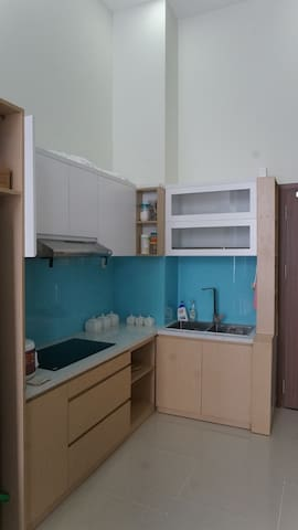 Guest can use the shared kitchen to prepare a meal