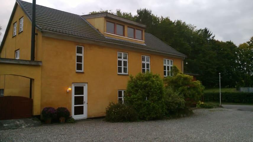 Dejlige værelser ved Havreholm/Hornbæk - Hornbæk - Bed & Breakfast