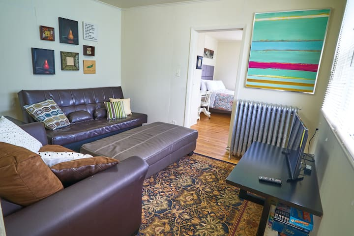 Bright 1BR 2nd Flr Value by NU w/Netflix