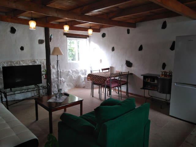 Casa Canaria Rústica. Situada en zona centro