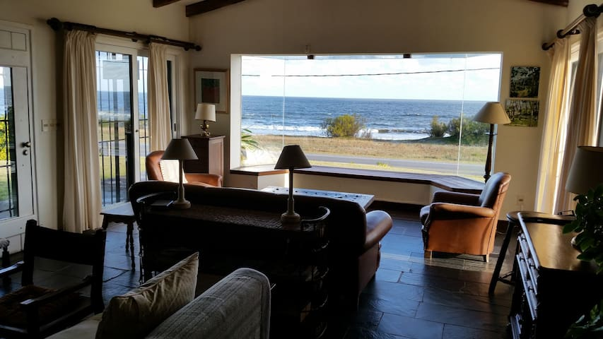 Enjoy and relax with spectacular se - Playa Verde - House