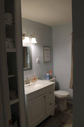 Bathroom on 1st Floor Tub/Shower