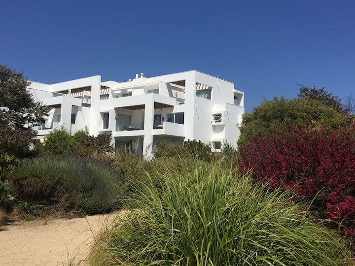 Arriendo departamento en Marbella precioso