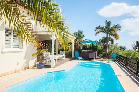 Villa 8 pers., piscine, jacuzzi, vue mer, St-Paul