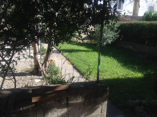 Chambre avec terrasse privée - Avignon - Huis
