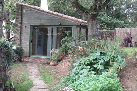 Une chambre indépendante dans un coin de nature