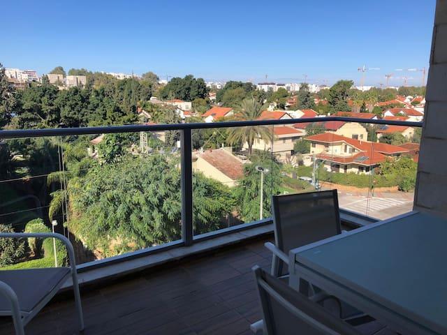 New, stunning, KOSHER apartment in city centre