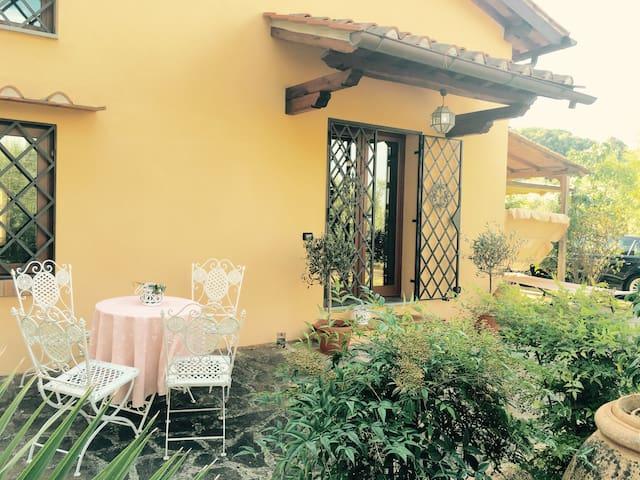 Affascinante casa delle fiabe - Firenze - Hus