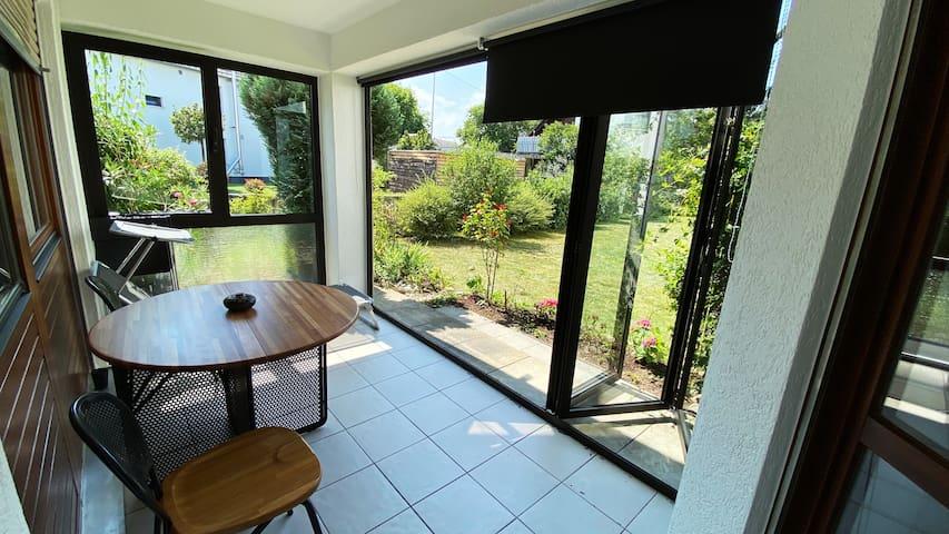 Apartment mit Terrasse Zentral und ruhig zugleich