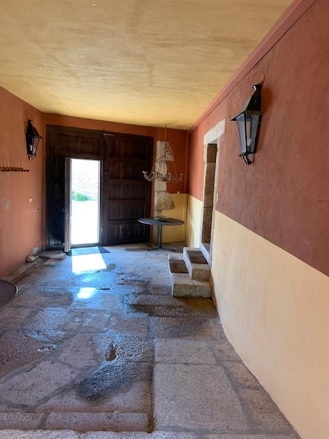 CASA BERMEJA: Escapada rural rodeada de naturaleza