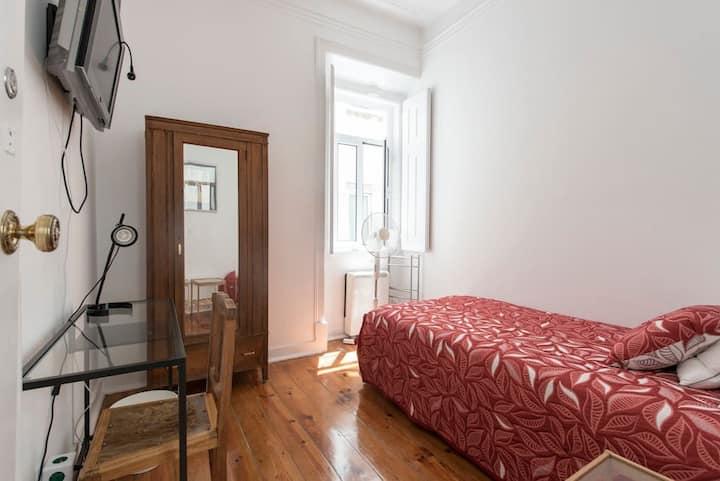 Gulbenkian Park Residence, Room 4