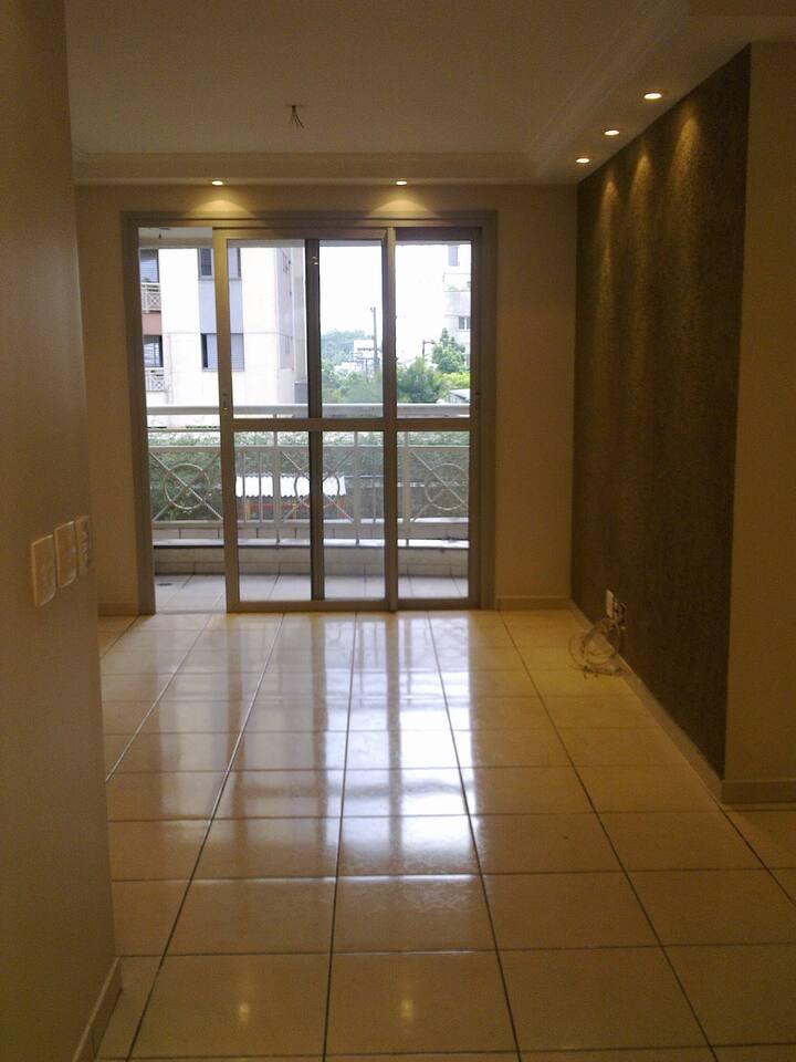 Apartamento Inteiro na Carlos Weber