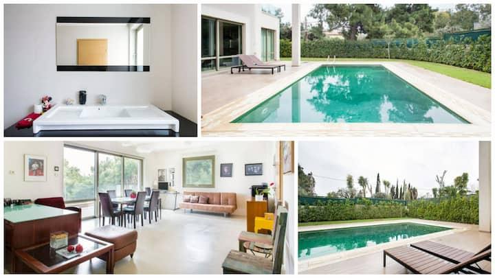 OIKOS Athens: Eco-Friendly Apartment & Pool