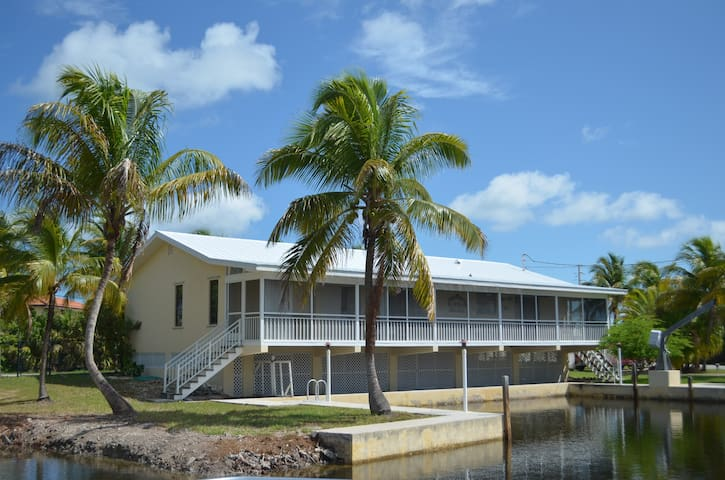1872 Sunrise Drive - Big Pine Key - Rumah