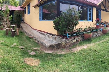 Hacienda En la Sabana de Bogota - Choconta - Bungalov