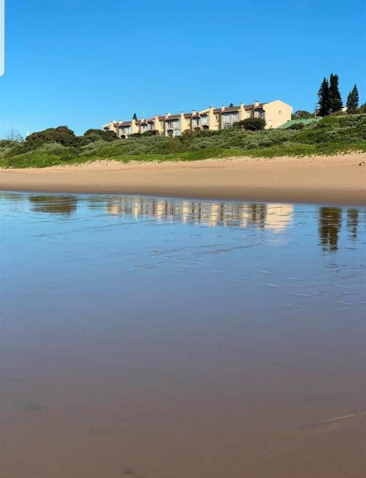 Upmarket apartment on beach