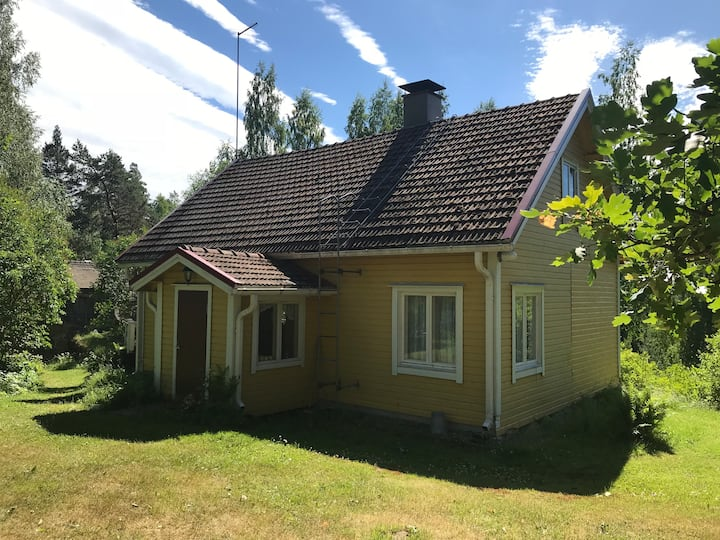 Villa Suvela - Viihtyisä remontoitu kesämökki