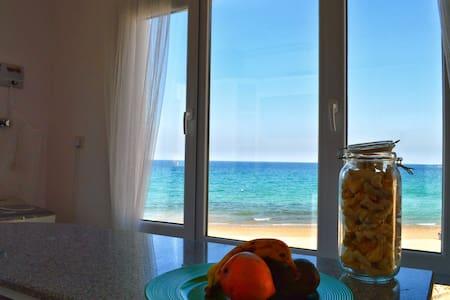 Heaven Beach House - Muscat