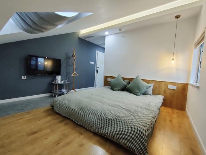 [茶墅-晴岚] 西山风景区!天窗舒适大床房,独立卫生间!