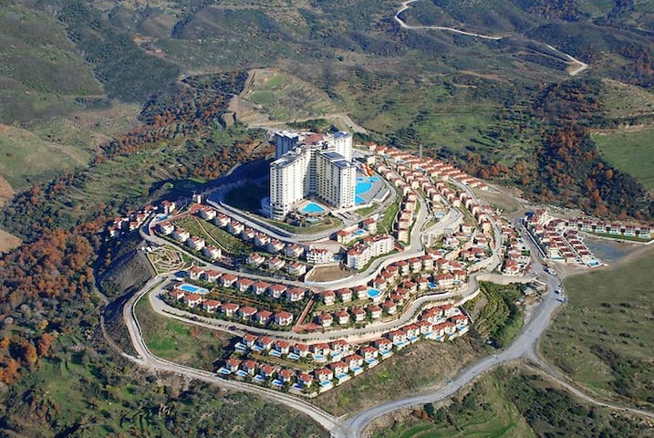 1+1 apartment in 5 star complex Gold City Alanya