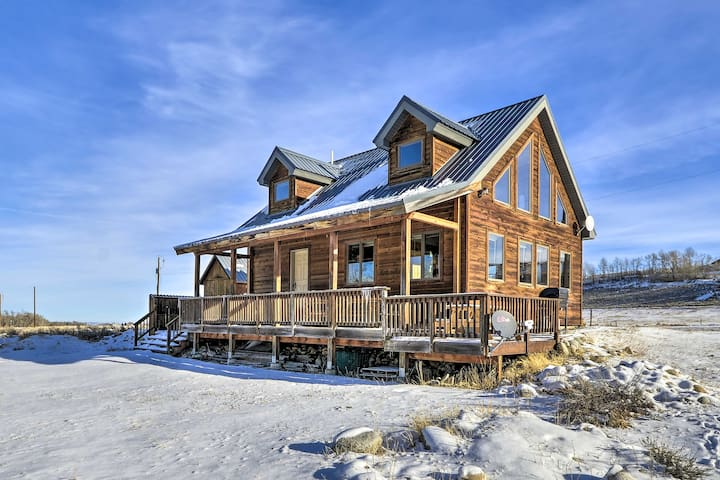 NEW! Off 'The Beaten Path' Cabin w/ Deck & Hot Tub