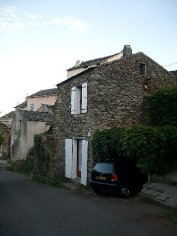 Location Maisonnette dans le Cap Corse