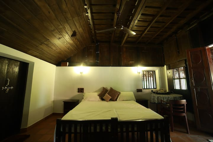 Homestay near Kanjirappally Cathedral