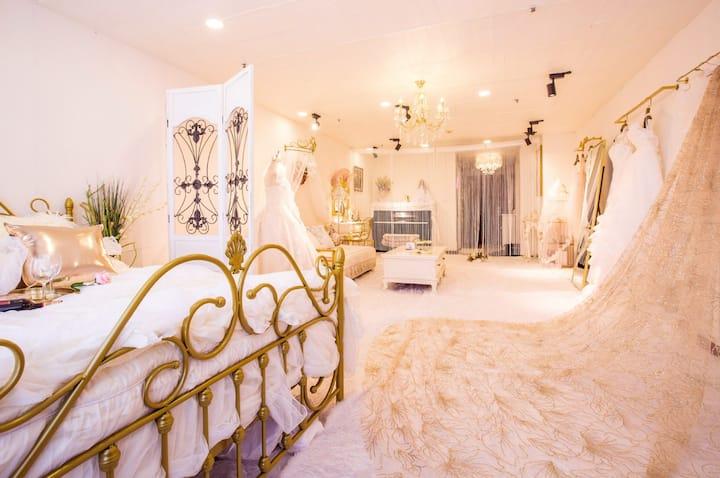 Snow White/Dalian Railway Station/ wedding dresses