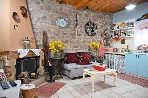 Kalavrita Winter Retreat - Homely Spacious Chalet