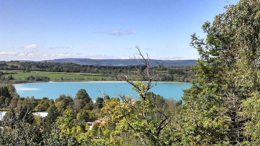 """""""l'Inattendue des lacs"""" (vue/lacs) - Clairvaux-les-Lacs - House"""