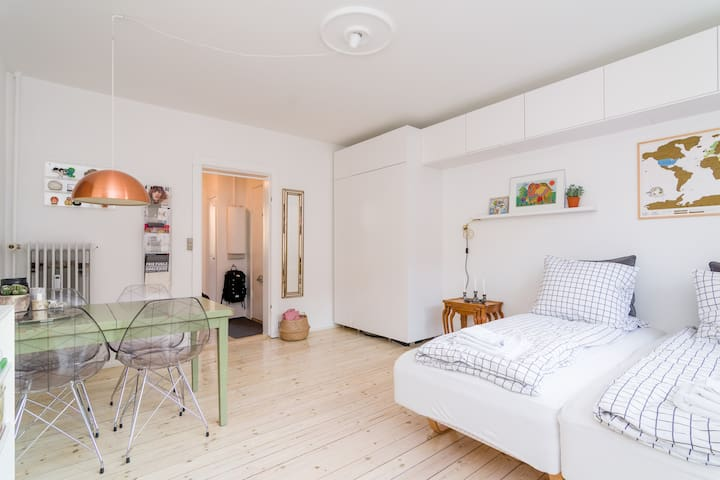Bright apartment close to Copenhagen Beach - København