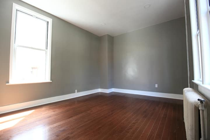 Newly renovated duplex in Jersey City Downtown
