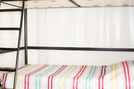 Room with Bunk Bed in Alto de Pinheiros