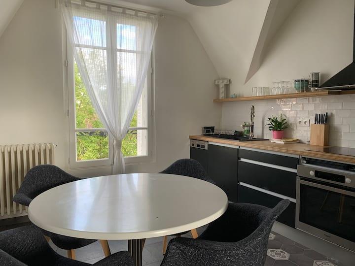 Appartement  3 pièces dans Maison avec Jardin.
