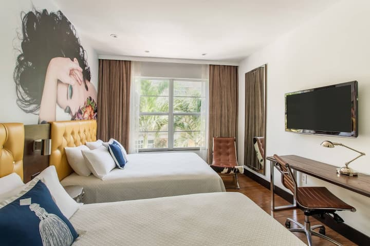 Two Queen Beds in Boutique Hotel - Ocean Drive