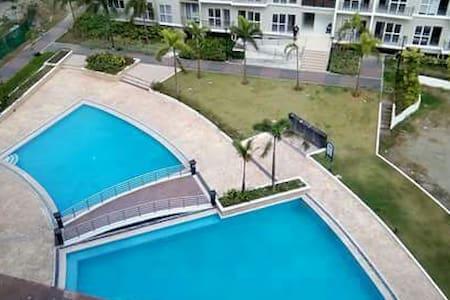 Monteluce Condo, Silang for Rent - Silang - Apartamento