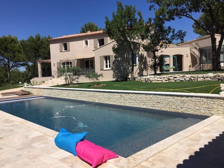 Villa des Fontaines luxury family home with pool