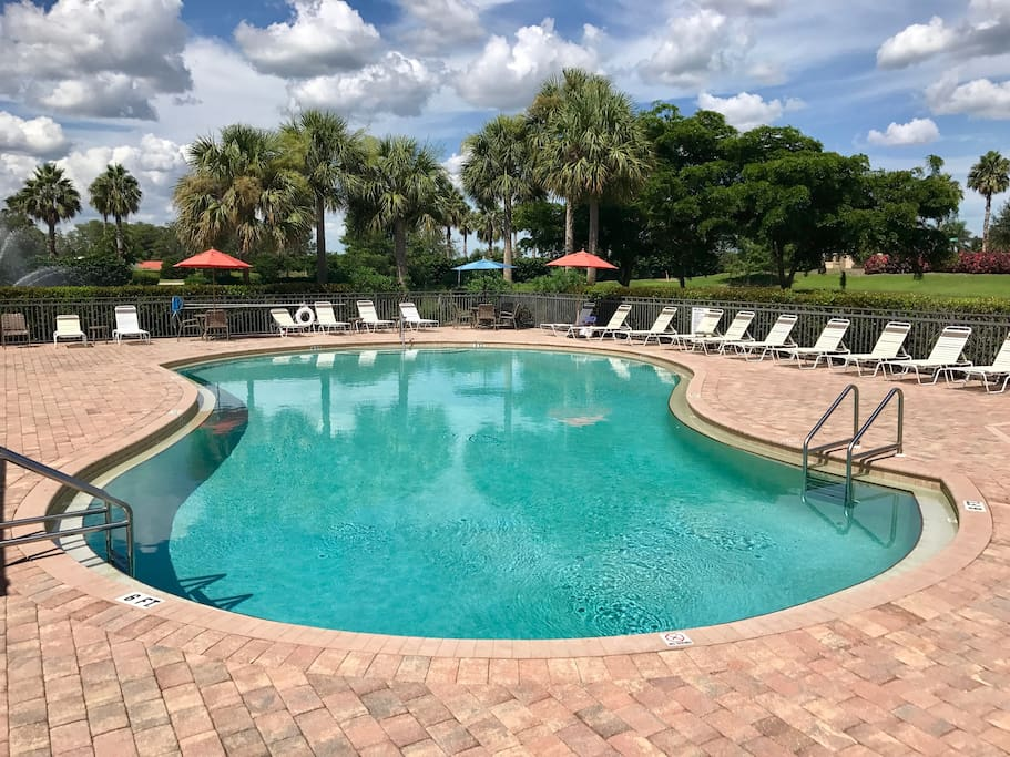 Get a tan, relax, BBQ on the patio.  Guests have full access to two community swimming pools and two hot tub spas.   Patios include showers, chairs, tables, and umbrellas for shade.