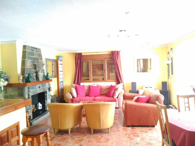 Gandia Rural House (Villa Florencia Room 5)
