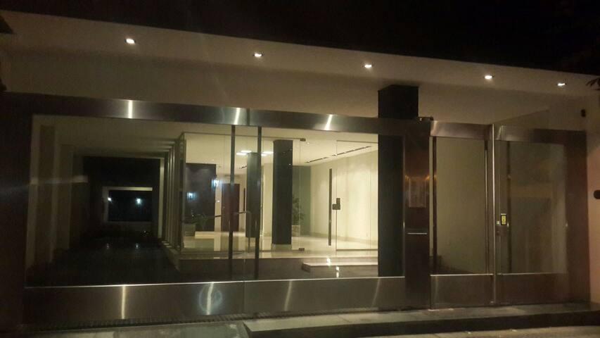 Departamento de categoría La Plata - La Plata - Appartement