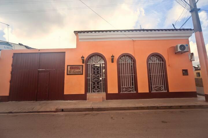 Hostal El Carmen Hab 1