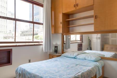Apto Melhor Localização do Centro - Porto Alegre - Apartment