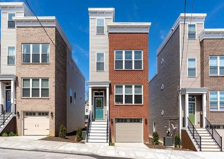 New! 3 Bed House+Rooftop 1 Mile to Dtwn w/Garage