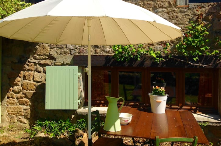 Chambre Famille Gypsy 4 pers./piscine/jardin prive
