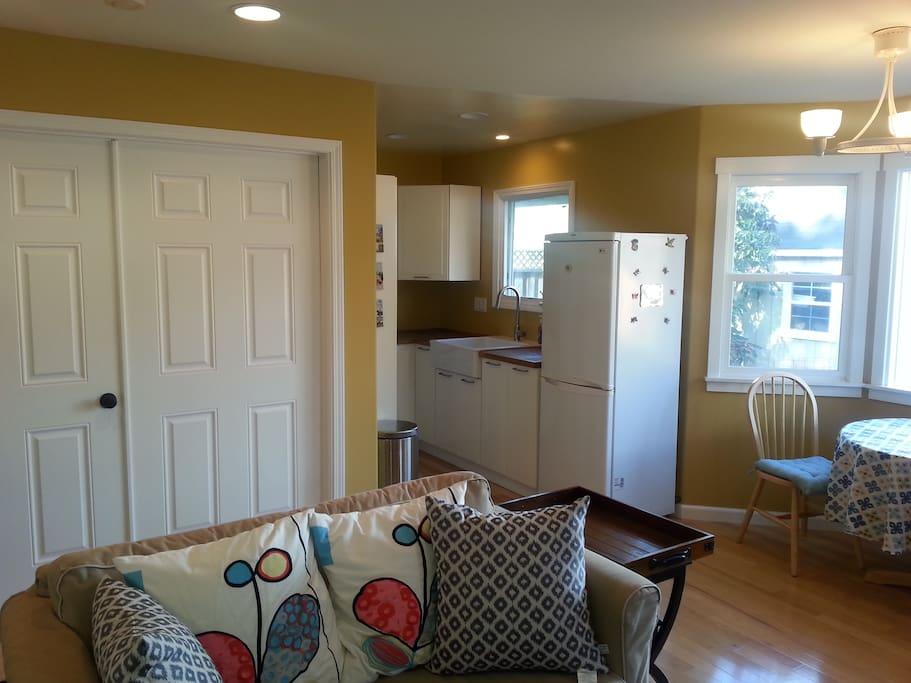 Looking towards the kitchen and bedroom door.