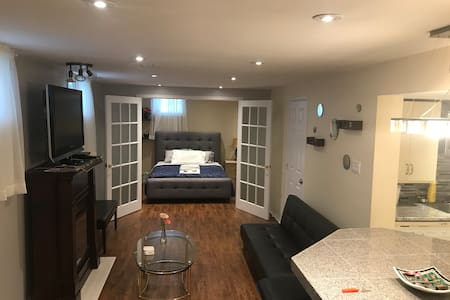 Fully Equipped Basement Apartment w/Own Kitchen