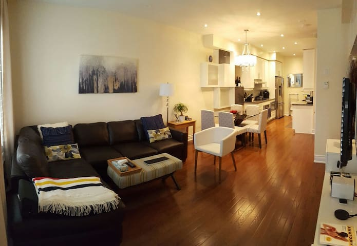 Private Room close to Bayview and Lawrence