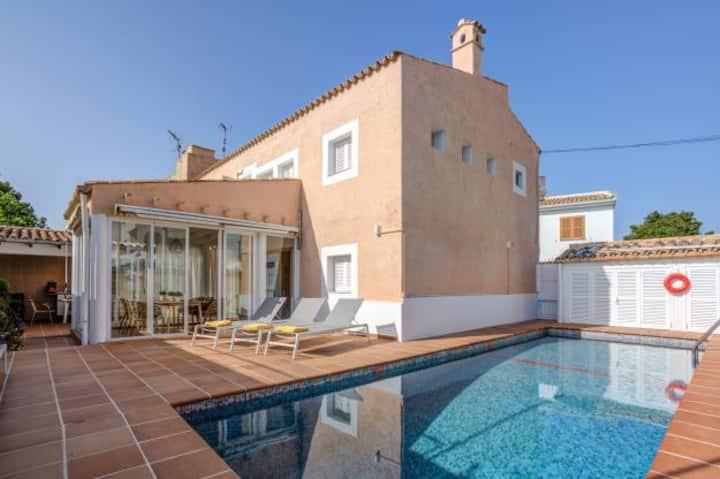 Lovely Puerto Pollensa holiday villa, 758